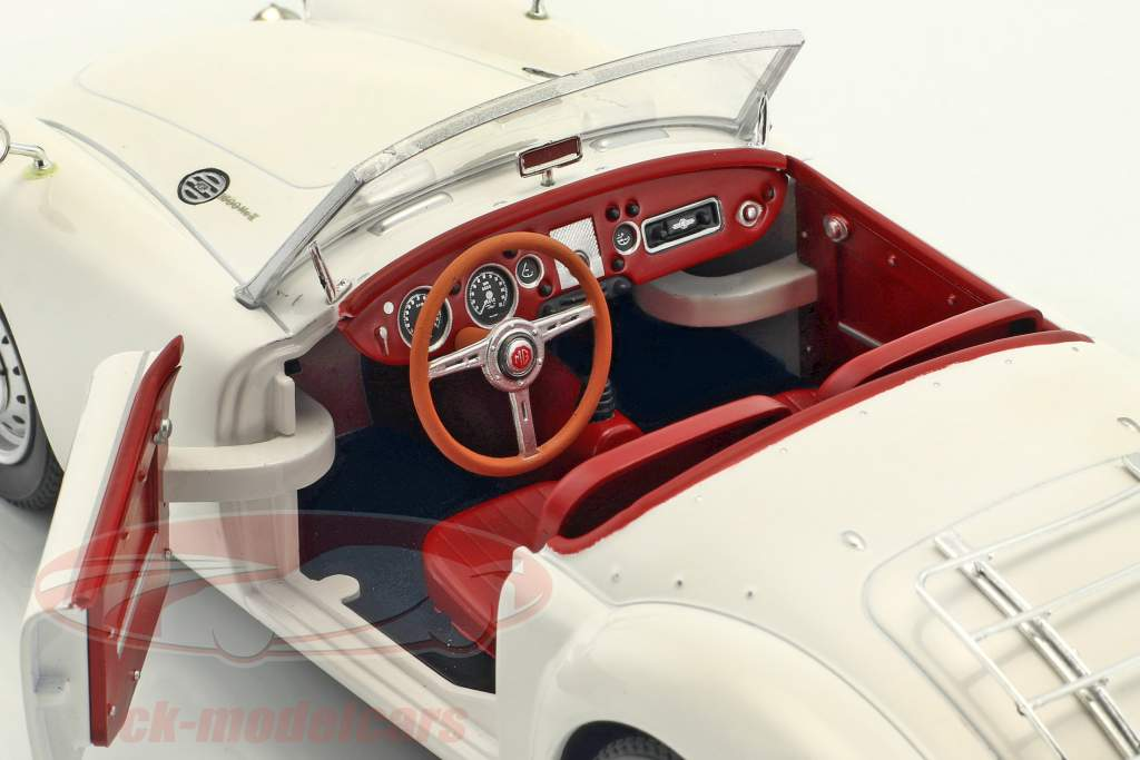 MGA MKII A1600 Open Convertible year 1961 white 1:18 Triple9