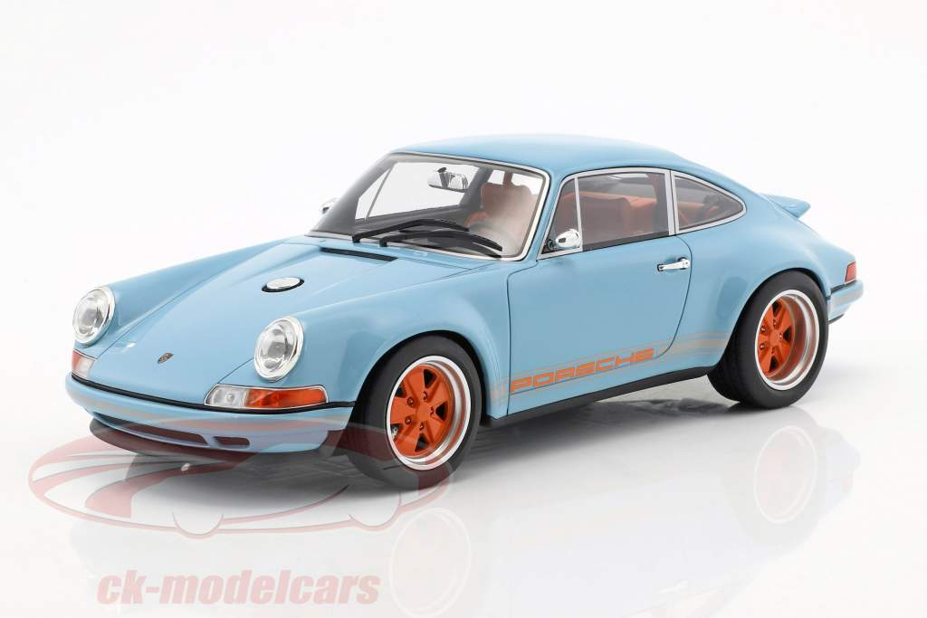 Singer Coupé Dubai modification of a Porsche 911 gulf blue / orange 1:18 CMR
