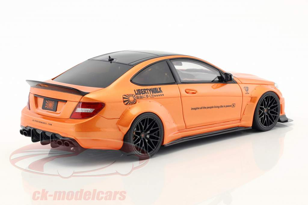 Mercedes-Benz C63 LB-Works année de construction 2017 orange métallique 1:18 GT-Spirit