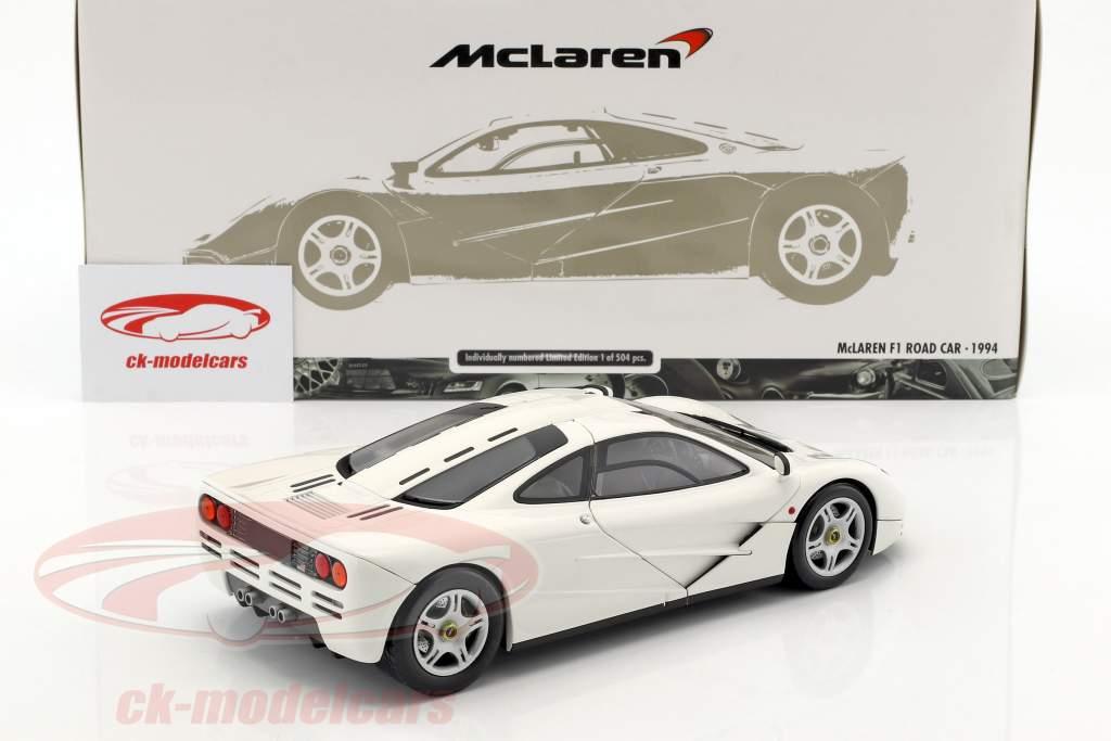 McLaren F1 Road Car Baujahr 1993/94 weiß 1:18 Minichamps