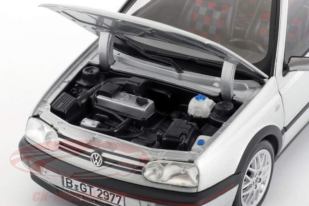 Volkswagen VW Golf III GTI anno di costruzione 1996 20 anni GTI argento metallico 1:18 Norev