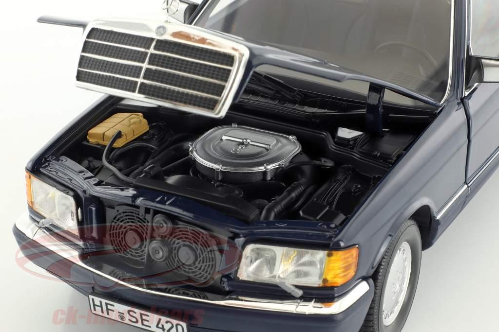 Mercedes-Benz 560 SEL W126 année de construction 1991 bleu foncé 1:18 Norev