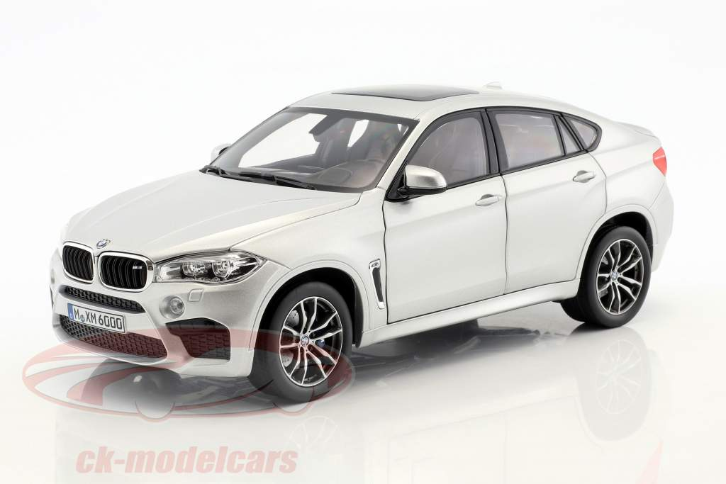 BMW X6 M anno di costruzione 2015 argento metallico 1:18 Norev