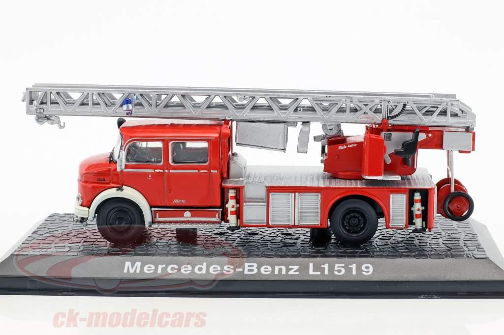 Mercedes-Benz L1519 Feuerwehr mit Drehleiter rot 1:72 Atlas