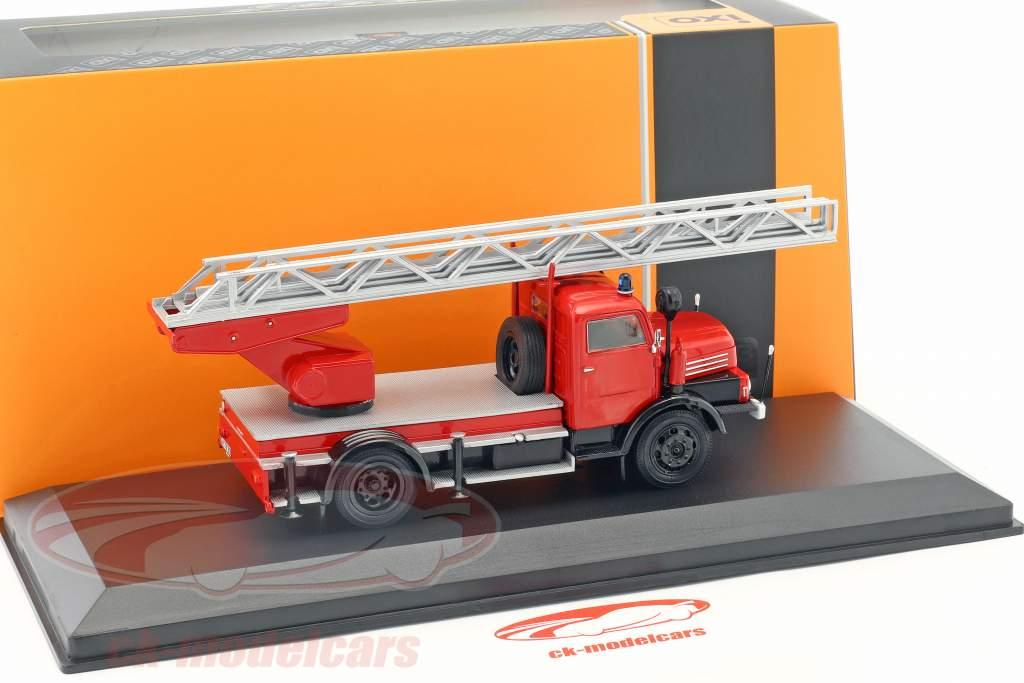 IFA S4000 DL vigili del fuoco con scala rosso 1:43 Ixo