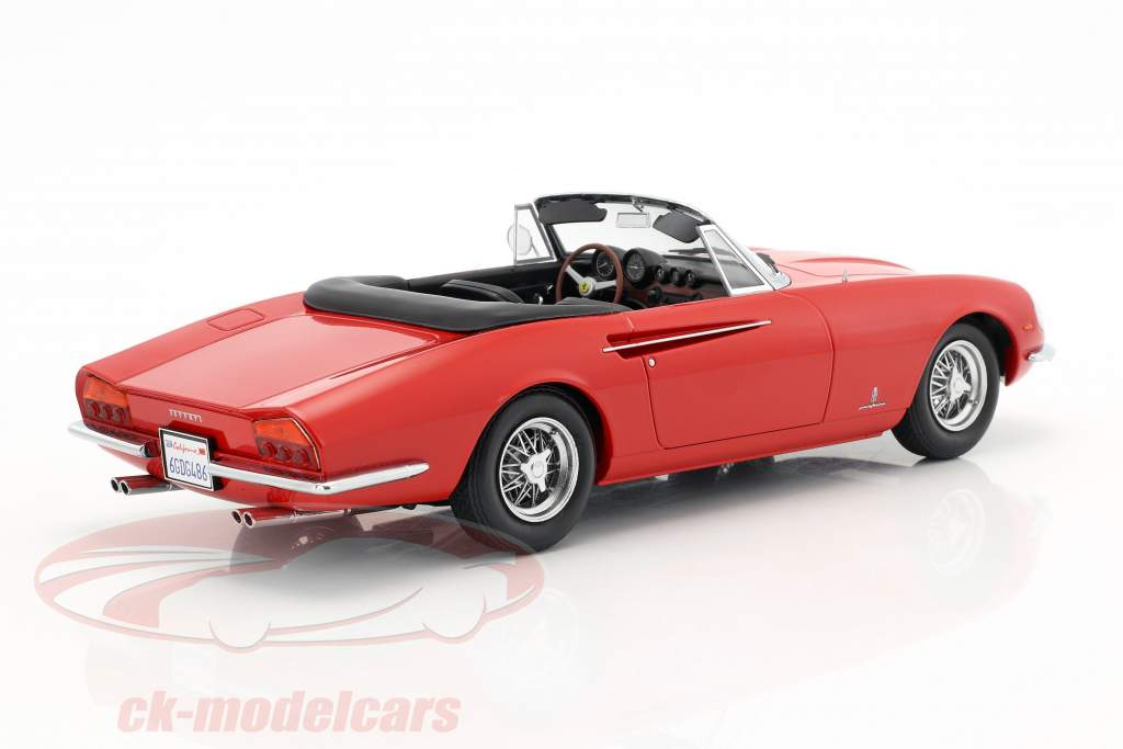 Ferrari 365 California Spyder jaar 1966 rood 1:18 KK-Scale