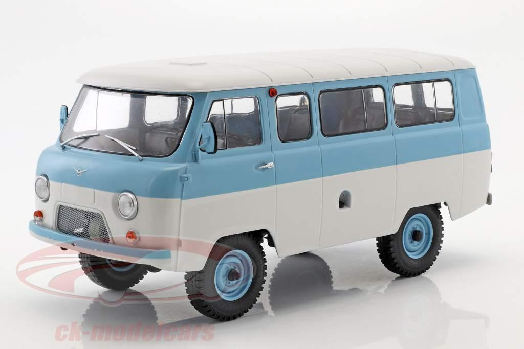 UAZ 452V (2206) Minibus light blue / white 1:18 Premium ClassiXXs