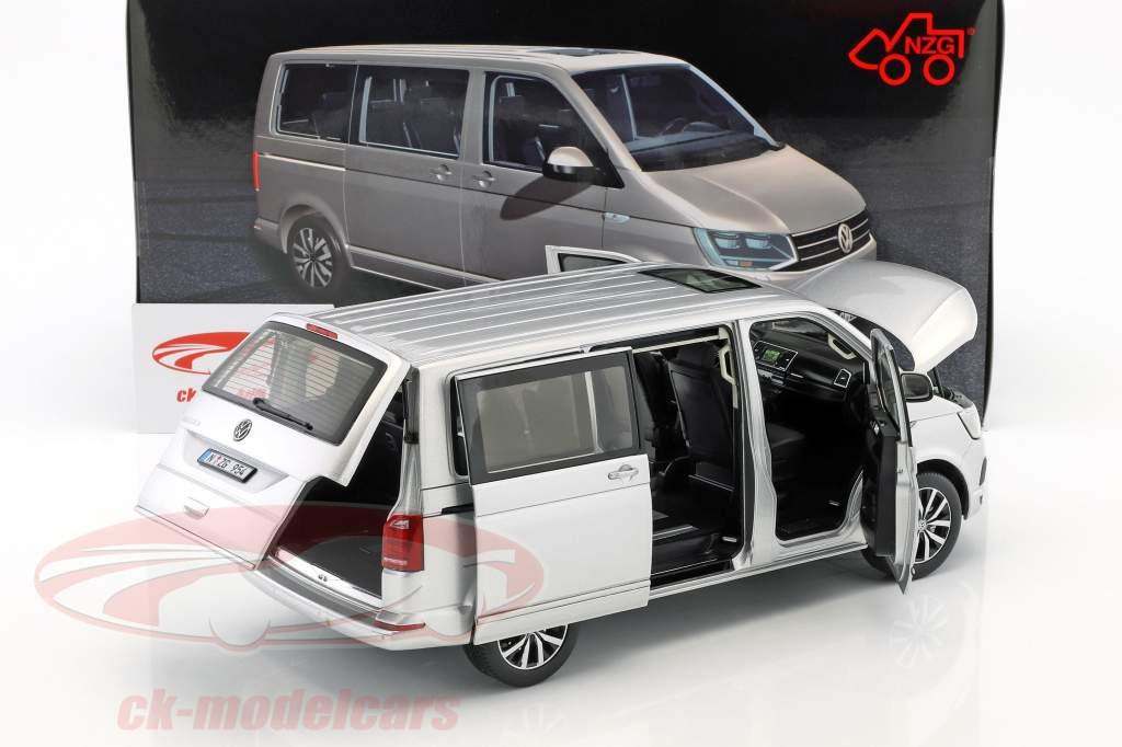Volkswagen VW T6 Multivan Highline argento 1:18 NZG