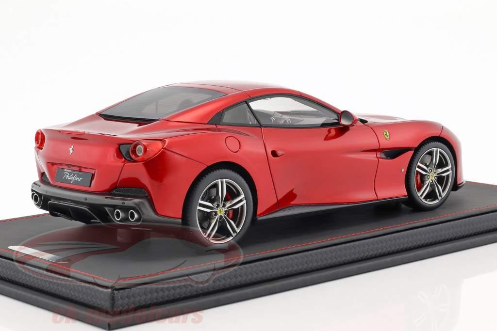 Ferrari Portofino Closed Top Baujahr 2017 feuerrot 1:18 BBR