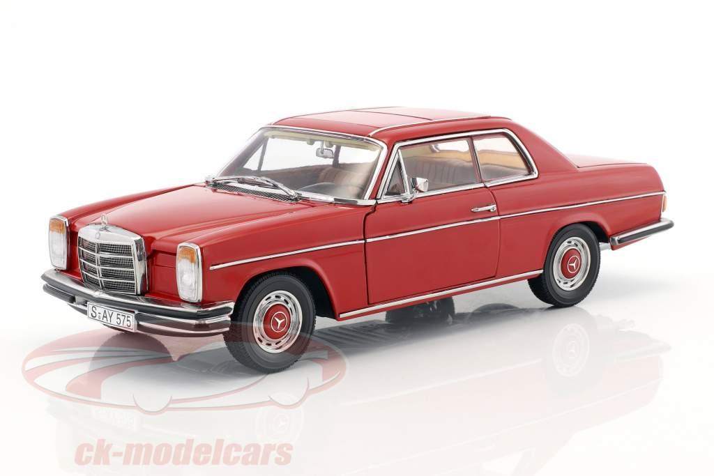 Mercedes-Benz Strich 8 coupé année de construction 1973 rouge 1:18 Sun Star