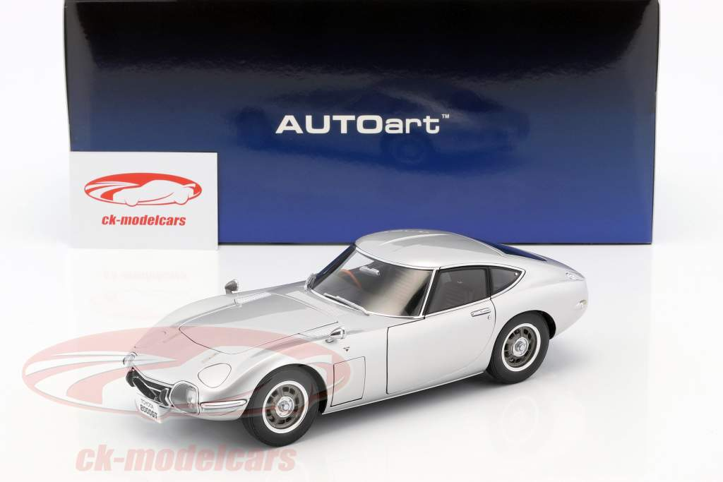 Toyota 2000 GT coupe anno di costruzione 1965 argento 1:18 AUTOart