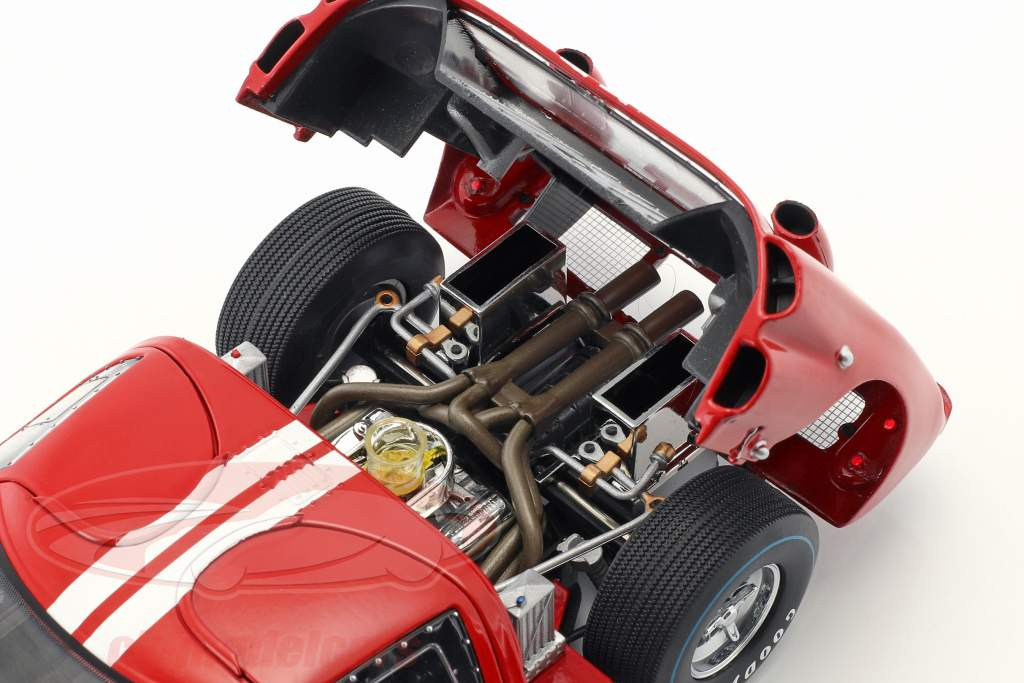 Ford GT-40 MK II #1 gagnant 12h Sebring 1966 Miles, Ruby 1:18 ShelbyCollectibles