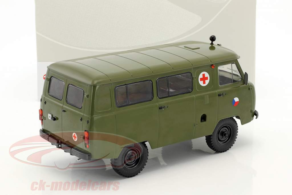 UAZ 452A (3962) ambulanza CZ Army anno di costruzione 1985 oliva 1:18 Premium ClassiXXs