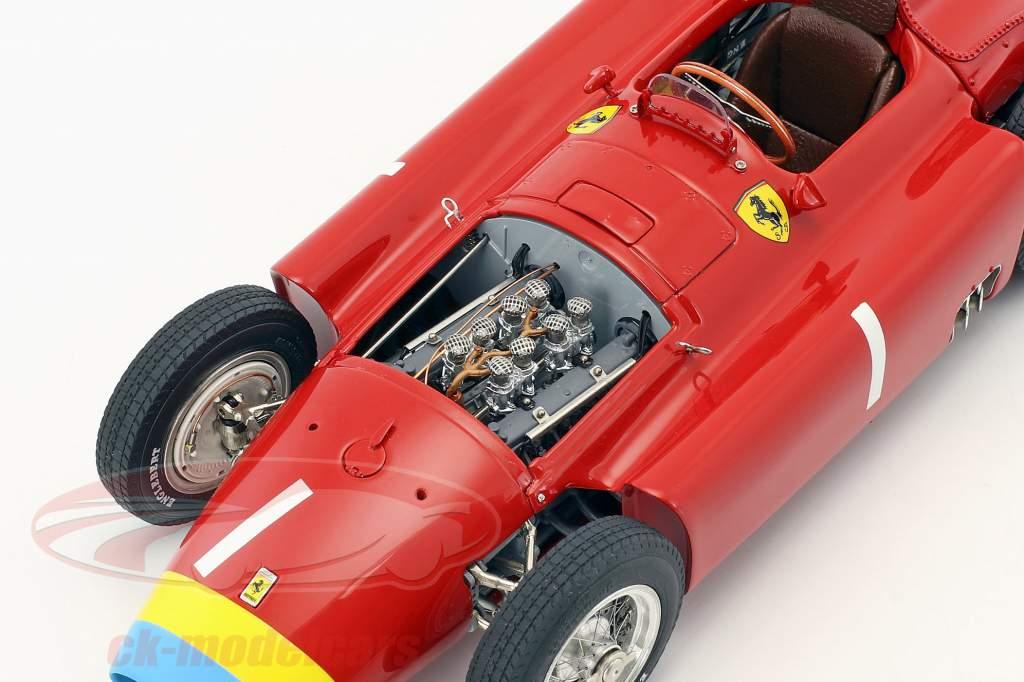 J.M. Fangio Ferrari D50 #1 Weltmeister Formel 1 1956 mit Figur 1:18 CMC