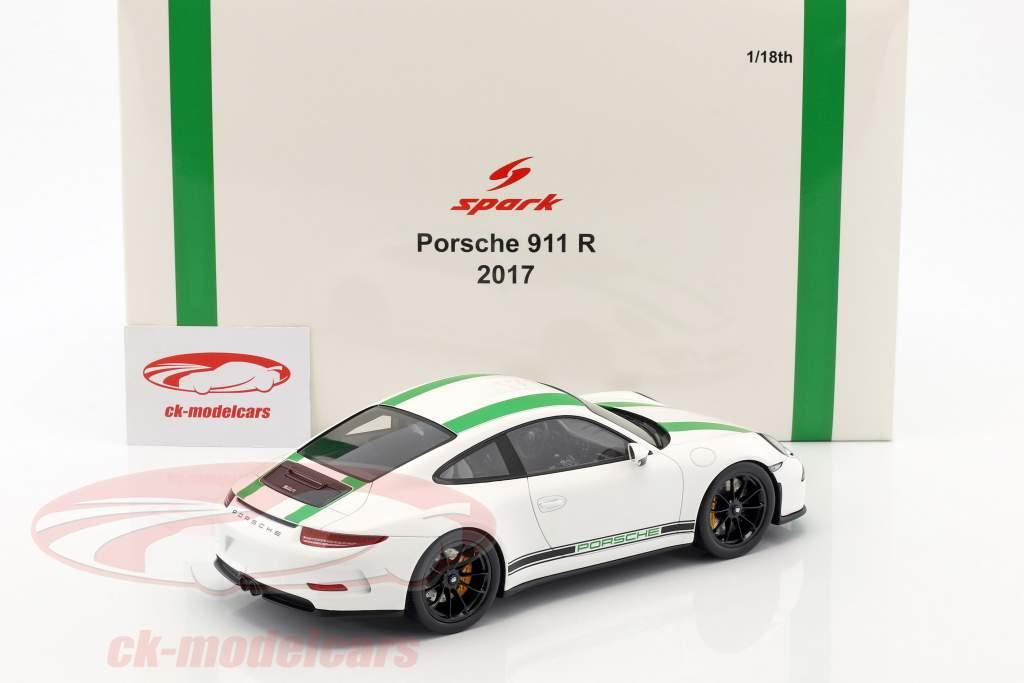 Porsche 911 R ano de construção 2017 branco / verde 1:18 Spark