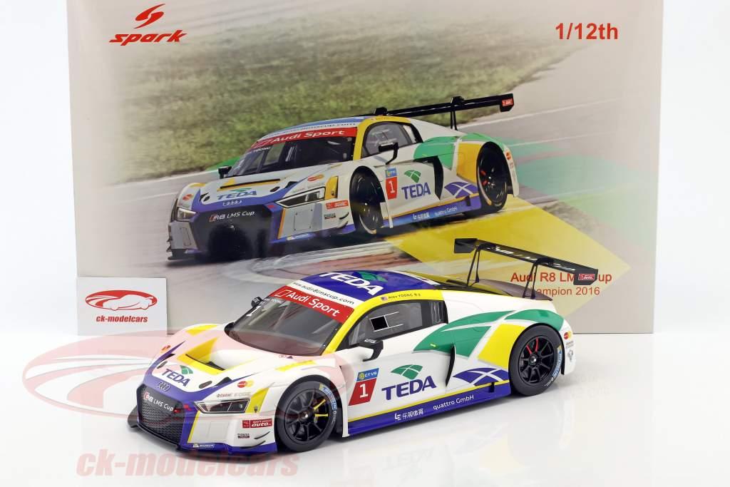 Audi R8 LMS #1 Audi R8 LMS Cup Champion 2016 Alex Yoong 1:12 Spark