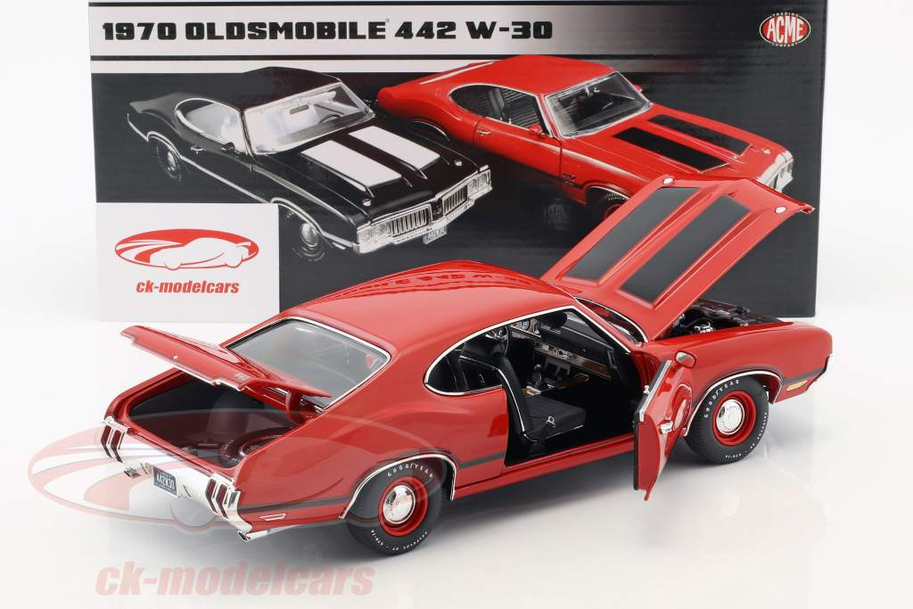 Oldsmobile 442 W-30 year 1970 matador red 1:18 GMP