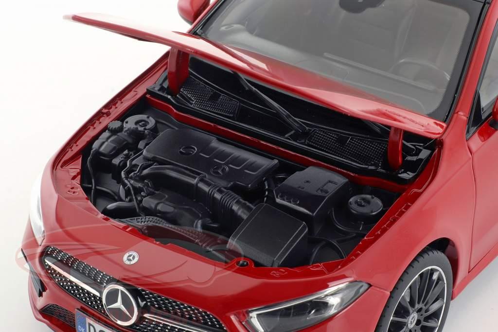 Mercedes-Benz A-Class (W177) année de construction 2018 rouge 1:18 Norev