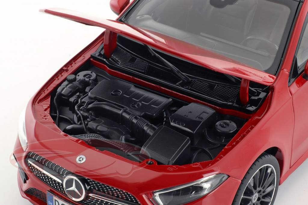 Mercedes-Benz A-Klasse (W177) Baujahr 2018 rot 1:18 Norev