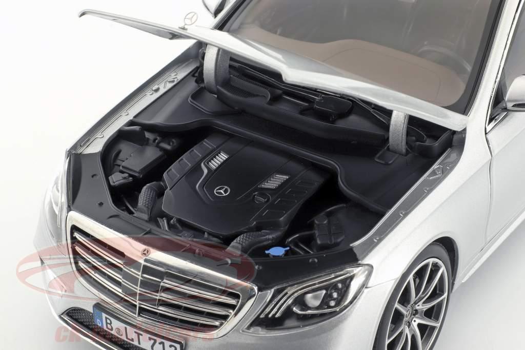 Mercedes-Benz S-Klasse AMG-Line Baujahr 2018 silber metallic 1:18 Norev