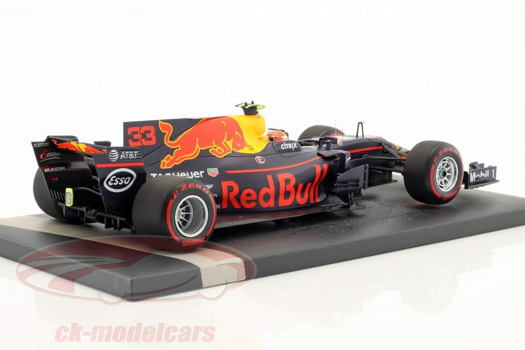Max Verstappen Red Bull RB13 #33 vincitore malese GP formula 1 2017 1:18 Minichamps