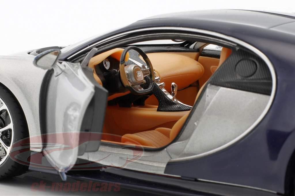 Bugatti Chiron année de construction 2017 argent / bleu 1:24 Welly