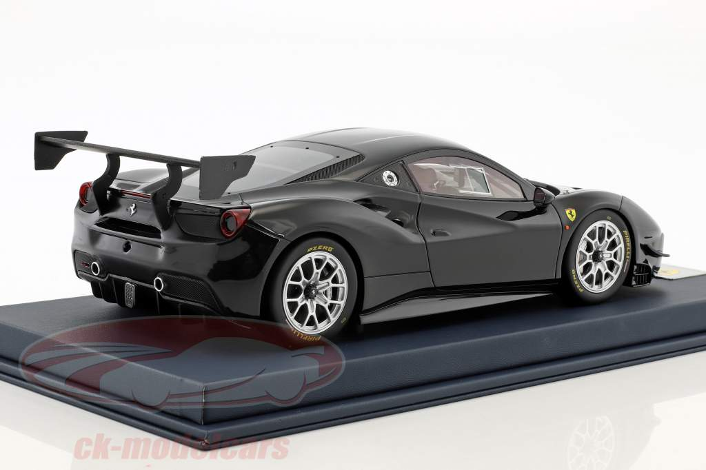 Ferrari 488 Challenge schwarz mit Vitrine 1:18 LookSmart