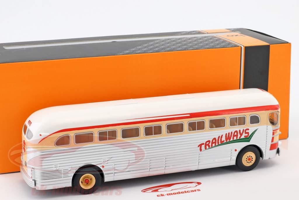 GMC PD-3751 bus Trailways année de construction 1949 argent / rouge / beige 1:43 Ixo