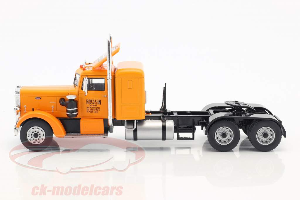 Peterbilt 350 Truck Preston People year 1952 orange / cream white 1:43 Ixo