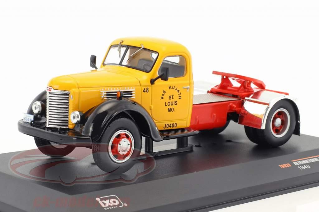 International Harvester KB7 Baujahr 1948 gelb / rot / schwarz 1:43 Ixo