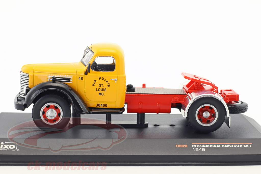 International Harvester KB7 année de construction 1948 jaune / rouge / noir 1:43 Ixo
