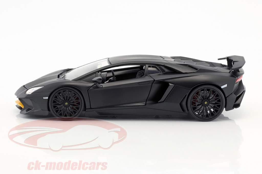 Lamborghini Aventador SV anno di costruzione 2017 tappetino nero 1:24 Jada Toys