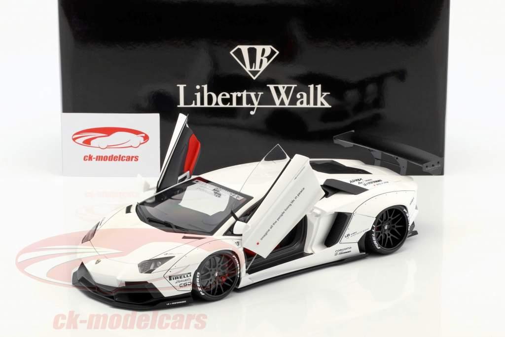 Lamborghini Aventador Liberty Walk LB-Works Baujahr 2015 weiß 1:18 AUTOart