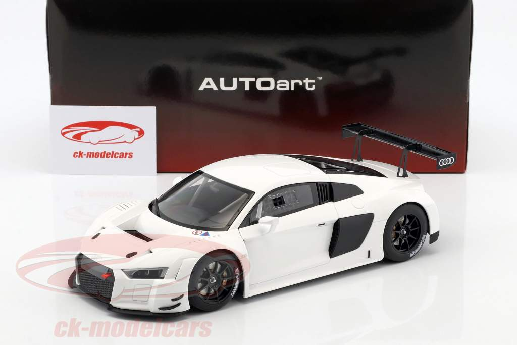 Audi R8 LMS Plain Body Version année de construction 2016 blanc 1:18 AUTOart
