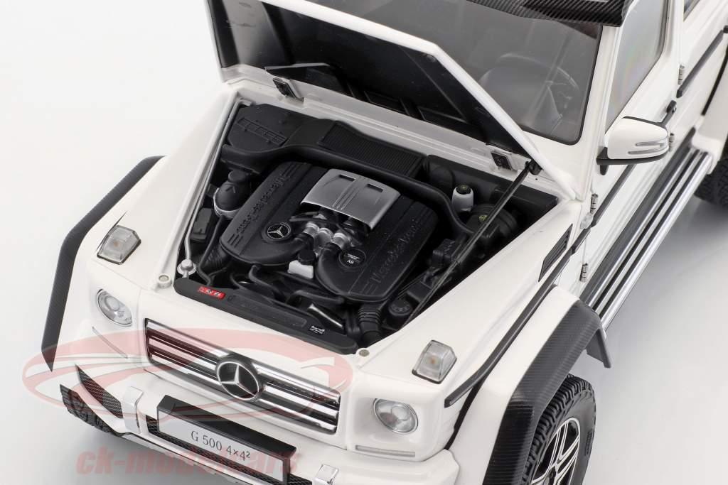 Mercedes-Benz G-Class G500 4x4² year 2016 gloss white 1:18 AUTOart