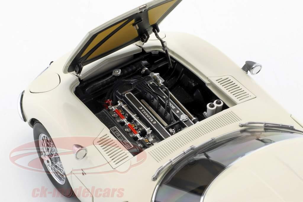 Toyota 2000GT coupe med talte fælge Opførselsår 1965 hvid 1:18 AUTOart
