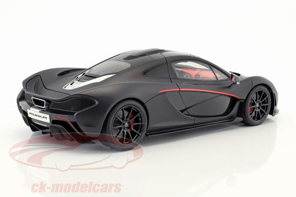 McLaren P1 año de construcción 2013 estera negro / rojo 1:12 AUTOart