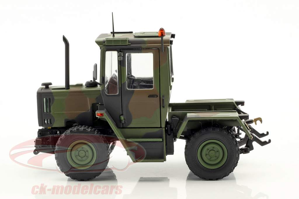 Mercedes-Benz MB-trac 700 K (W440) tractor military year 1987-1991 camouflage 1:32 Weise-Toys