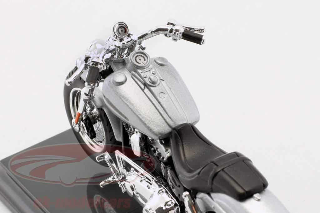 Harley-Davidson FXDFSE CVO Fat Bob année de construction 2009 argent / noir 1:18 Maisto