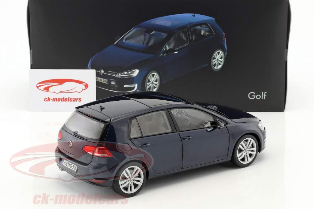 Volkswagen VW Golf VII année de construction 2013 nuit bleu 1:18 Norev