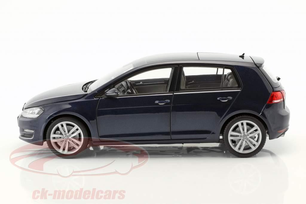 Volkswagen VW Golf VII year 2013 night blue 1:18 Norev
