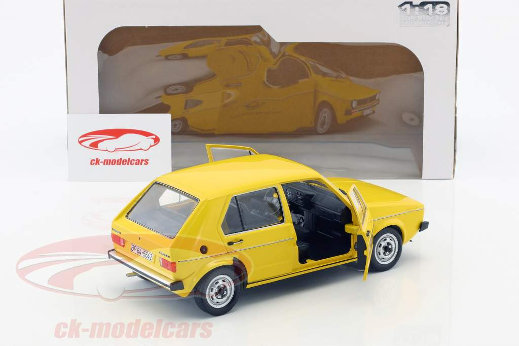 Volkswagen VW Golf 1 Tedesco Ufficio postale federale Anno di costruzione 1974 giallo 1:18 Solido