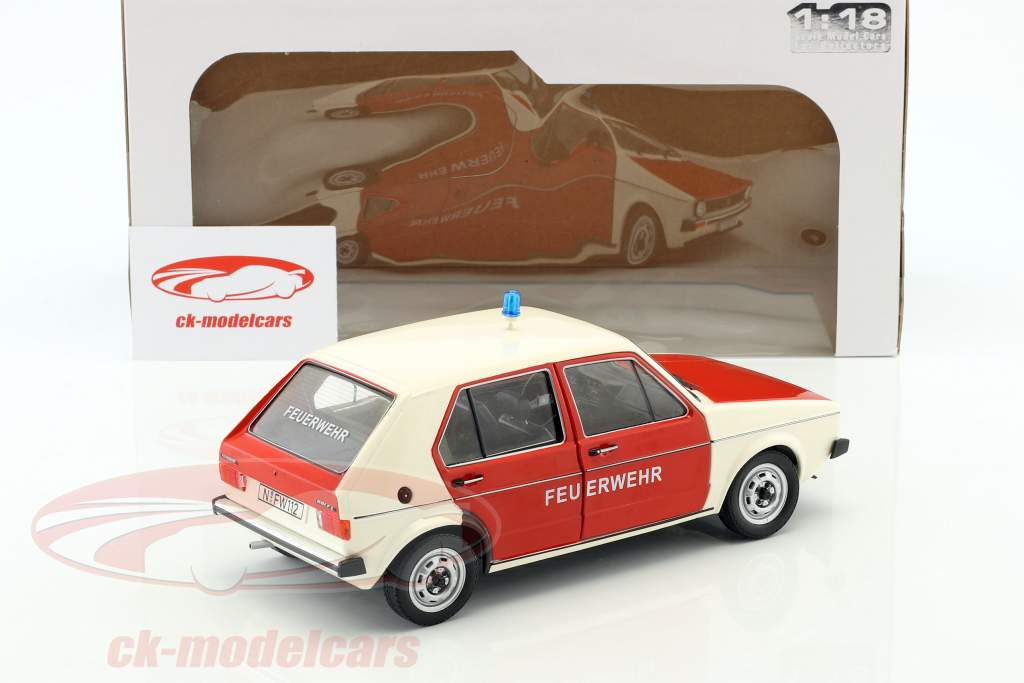 Volkswagen VW Golf 1 cuerpo de Bomberos Año de construcción 1974 rojo / Blanco 1:18 Solido
