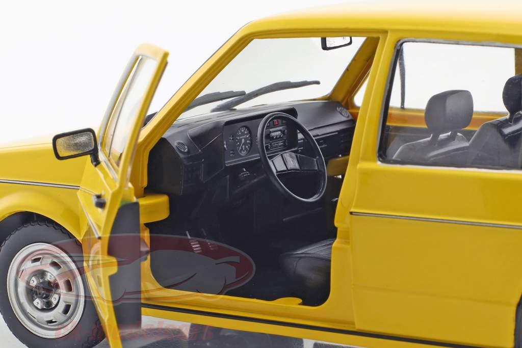 Volkswagen VW Golf 1 tysk Federal post office Byggeår 1974 gul 1:18 Solido