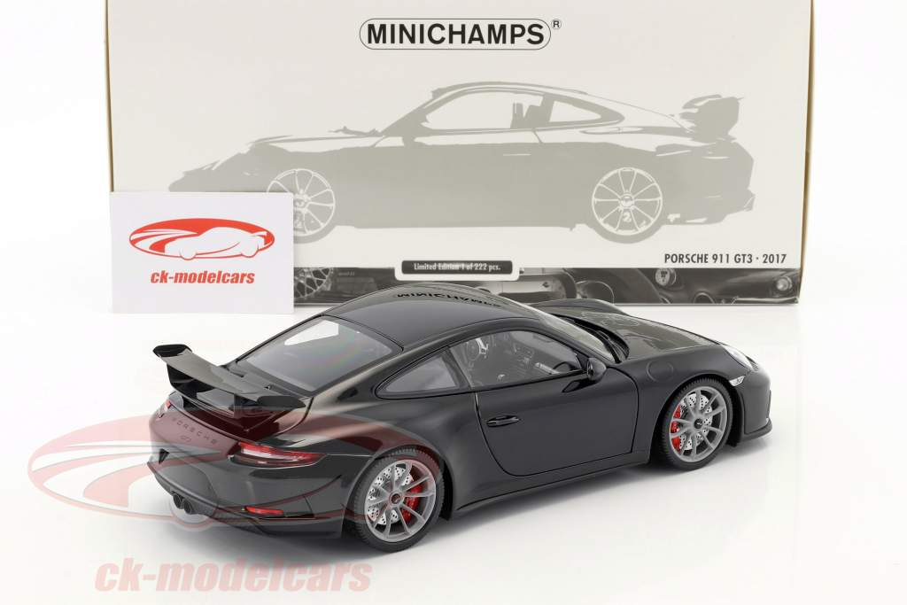 Porsche 911 (991 II) GT3 year 2017 black 1:18 Minichamps