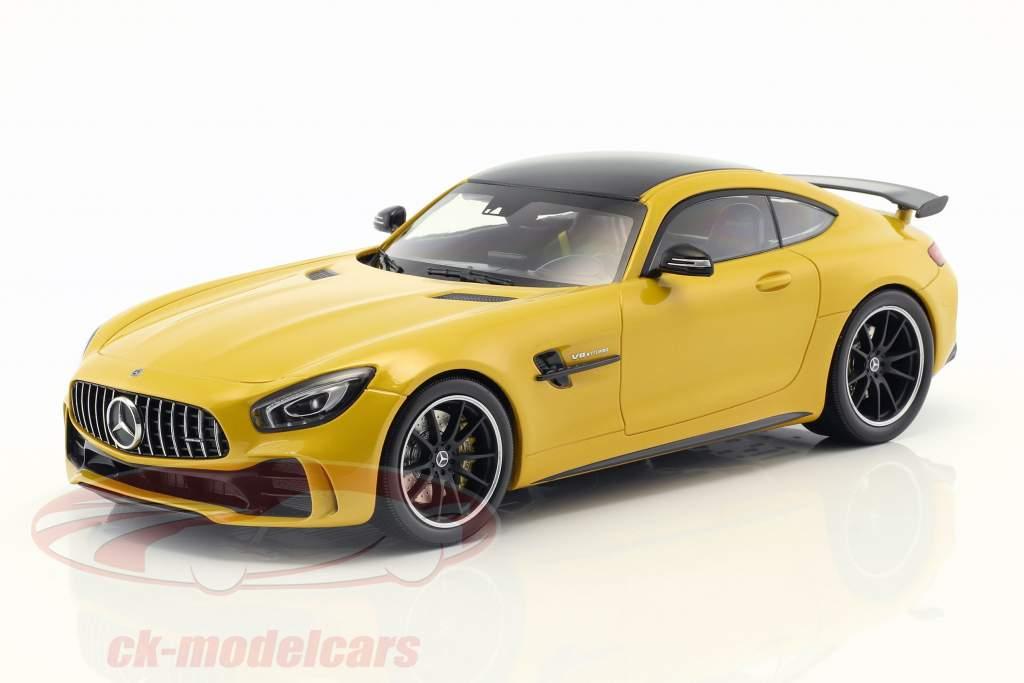 Mercedes-Benz GTR année de construction 2017 jaune 1:18 Minichamps