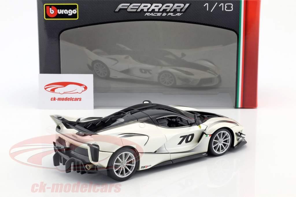 Ferrari FXX-K Evoluzione #70 year 2018 white metallic / black 1:18 Bburago
