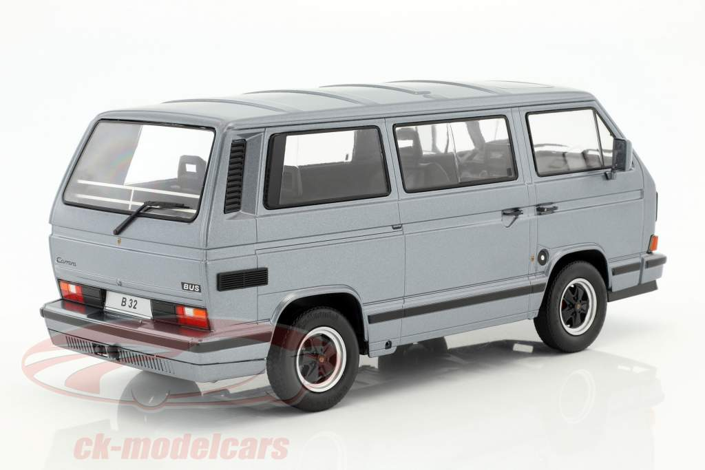 Porsche B32 auf Basis Volkswagen VW T3 Bus Baujahr 1984 grau metallic 1:18 KK-Scale