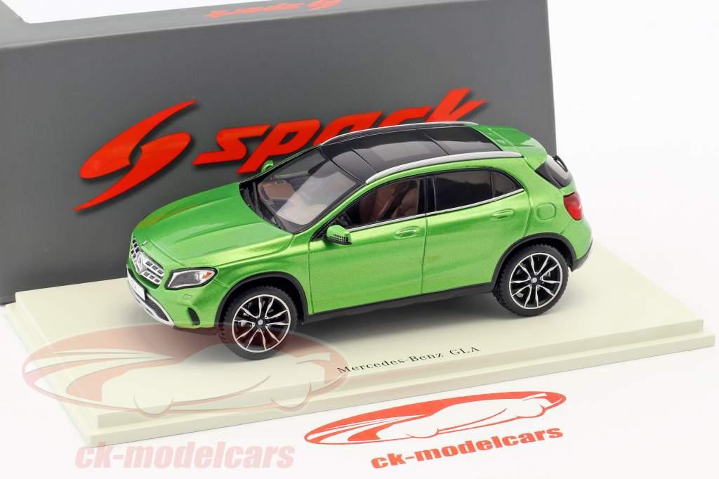 Mercedes-Benz GLA-Class 250 year 2017 green 1:43 Spark