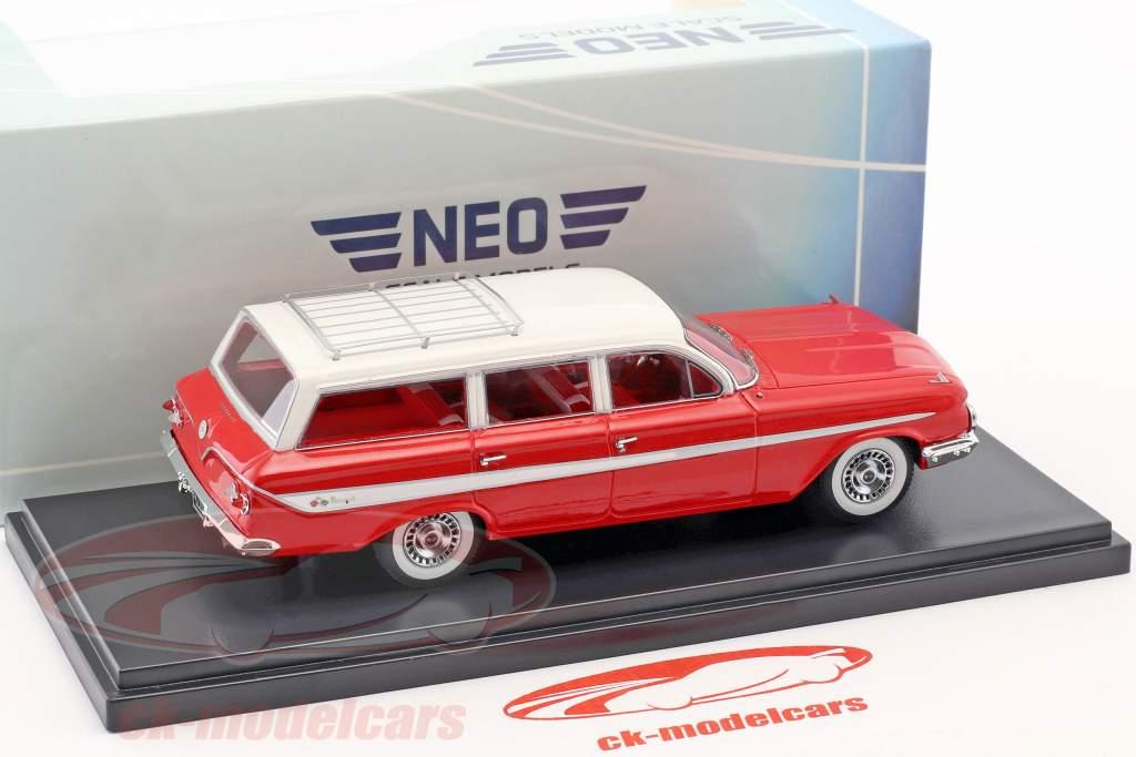 Chevrolet Nomad Station Wagon anno di costruzione 1961 rosso / bianco 1:43 Neo